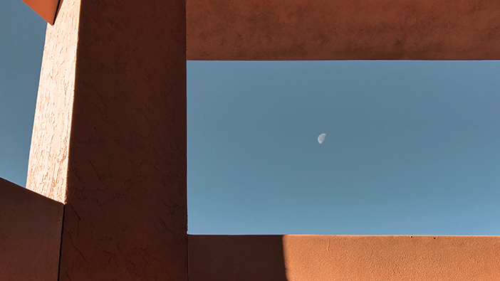 Southwest Day Moon (iPhone)